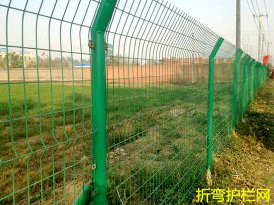 折弯护栏网